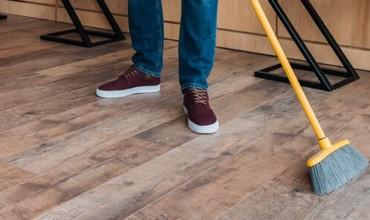 Hardwood cleaning | Frazee Carpet & Flooring