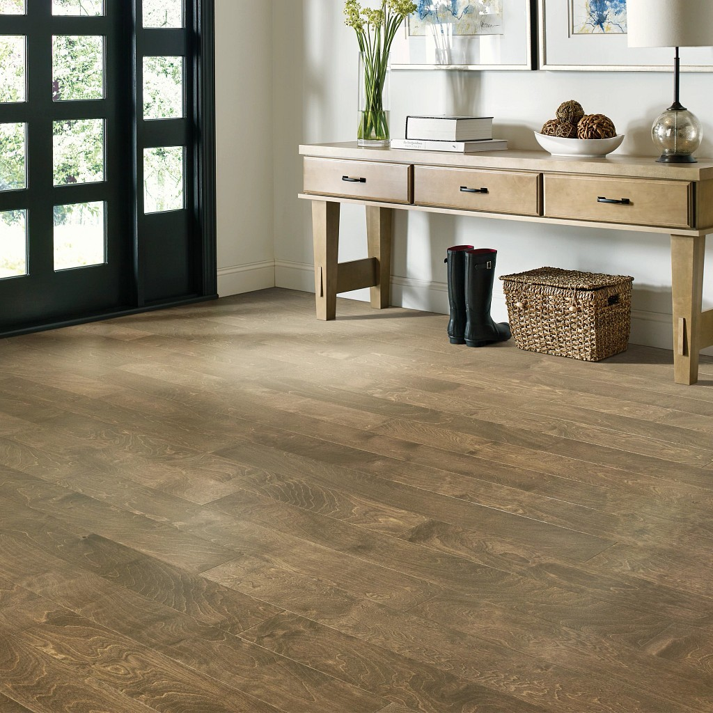 Wood Looks for a Traditional Feel | Frazee Carpet & Flooring